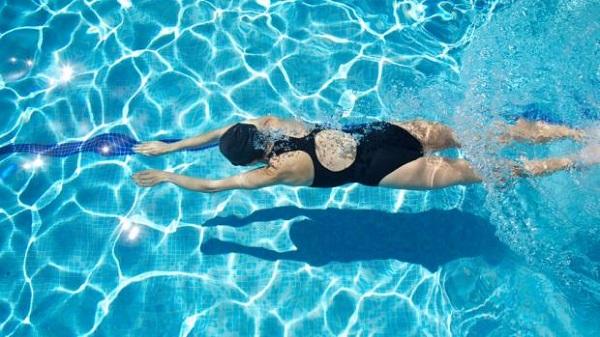 swimming_lady