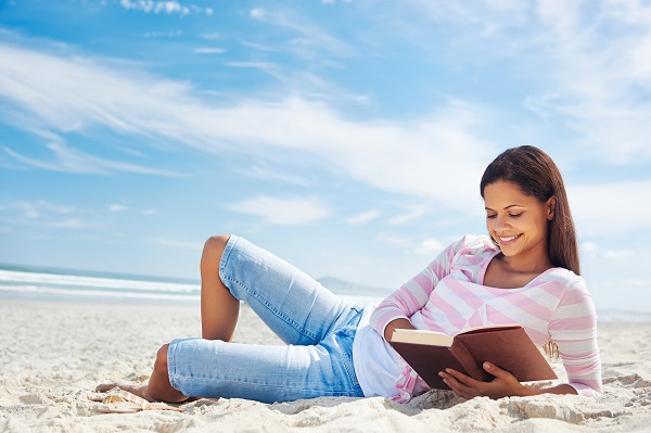 bigstock-woman-reading-and-relaxing-on-45051670