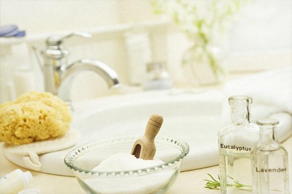 epsom-salt-detox-bath