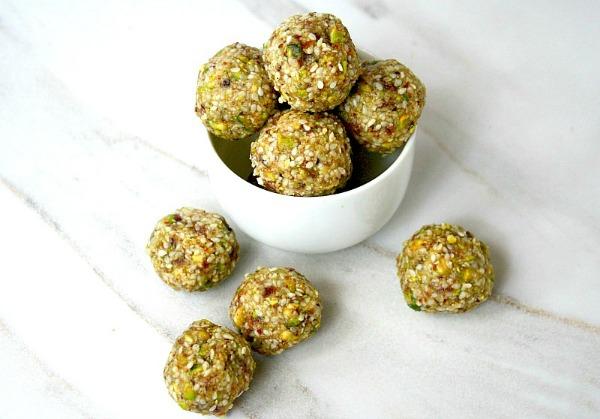 pistachio-sesame-seed-energy-balls