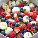 <thrive_headline click tho-post-10833 tho-test-58>Red, White and Blue Fruit Salad</thrive_headline>
