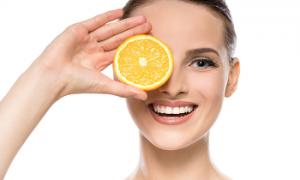 <thrive_headline click tho-post-13646 tho-test-140>11 Foods That Make Your Skin Glow</thrive_headline>