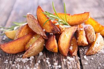 potato wedge fries with sea salt