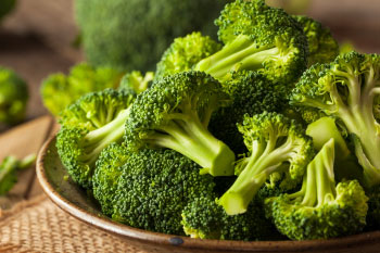 foods for flu season bowl of broccoli