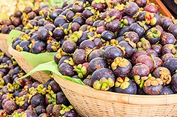 Mangosteen fruits in baskets health benefits mangosteen